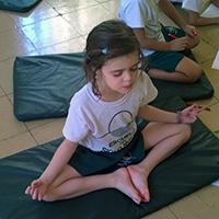 escuela-con-meditacion.jpg